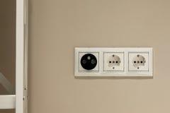 Sockel der Wand-elektrischen Leistung Stockbilder