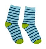 Socken lokalisiert auf dem Wei? lizenzfreie stockfotografie
