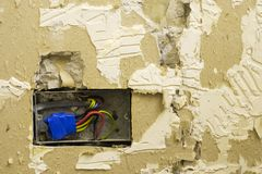 Socket eléctrico y plasterwork de DIY Fotografía de archivo libre de regalías