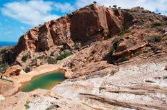 Socotra, Überblick von Homhil-Hochebene: das Wadi und das Arabische Meer Stockfotos