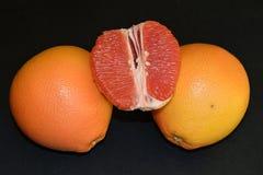 Soczyści i smakowici grapefruits zdjęcia royalty free