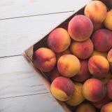 Soczyste i dojrzałe brzoskwini owoc Fotografia Royalty Free