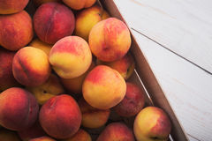Soczyste i dojrzałe brzoskwini owoc Zdjęcie Royalty Free