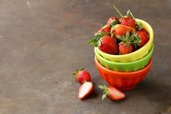 Soczyste organicznie jagody truskawkowe Zdjęcia Stock