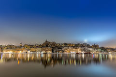 Sodermalm Stockholm vid natt Royaltyfria Bilder