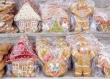Słodki miodownik dla prezenta opakowania w celofanie Fotografia Royalty Free