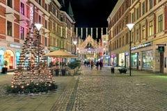 Sodra Forstadsgatan gata i Malmo med julbelysning Arkivfoton