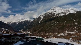 Soelden, Αυστρία - 25 Μαρτίου 2018: Χειμώνας στην όμορφη πόλη Soelden, Αυστρία Χρονικό σφάλμα απόθεμα βίντεο