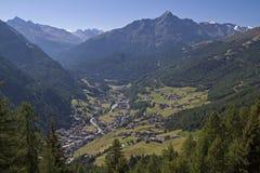 Soelden in valle di Oetztal Fotografia Stock Libera da Diritti