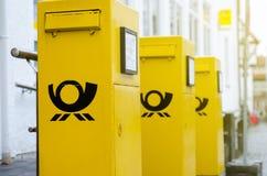 Soest, Γερμανία - 31 Δεκεμβρίου 2018: Ταχυδρομικές θυρίδες της Deutsche Post Η Deutsche Post άργυρος, που λειτουργεί με το εμπορι στοκ φωτογραφία με δικαίωμα ελεύθερης χρήσης