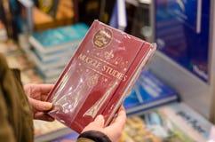 Soest, Alemania - 8 de enero de 2019: Cuaderno de Harry Potter en venta en la tienda imagen de archivo