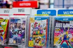 Soest, Deutschland - 22. Dezember 2018: Spiele Nintendos Wii für Verkauf im MÃ-¼ ller Supermarkt stockfoto