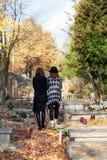Soeurs dans le deuil Photographie stock libre de droits