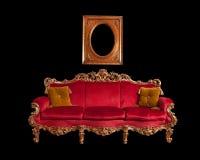 Sofà barrocco rosso Fotografia Stock Libera da Diritti