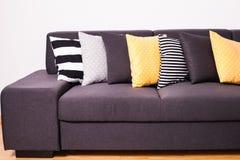 Sofà con i cuscini Immagine Stock Libera da Diritti