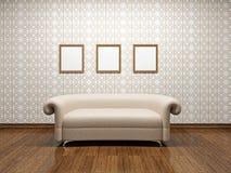 Sofà di cuoio beige  Immagini Stock