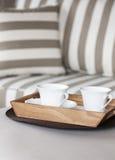 Sofà e caffè del salone Fotografia Stock
