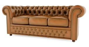 sofà marrone 3D su una priorità bassa bianca Fotografia Stock Libera da Diritti