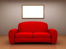 Sofà rosso in una stanza con una maschera in bianco Fotografie Stock Libere da Diritti