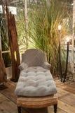 Sofá clásico en la exhibición en HOMI, demostración internacional del hogar en Milán, Italia Imagen de archivo