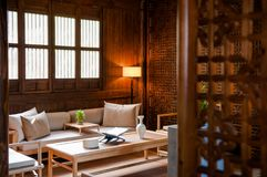Sofá contemporáneo del sofá del estilo chino imagen de archivo