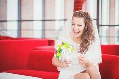 Sofá da noiva fotografia de stock royalty free