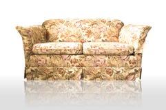 Sofá de Chesterfield do couro de Brown Imagens de Stock Royalty Free