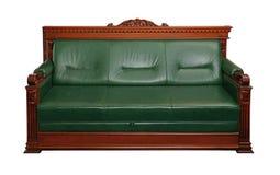 Sofá de couro verde do treinador isolado no branco Imagem de Stock