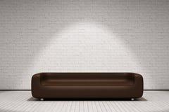 Sofá de cuero de Brown Imagenes de archivo