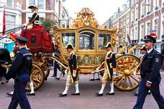 Sofá dourado de Beatrix a rainha dos Países Baixos Fotografia de Stock Royalty Free