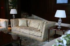 Sofá e tabela Imagem de Stock Royalty Free
