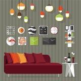 Sofá en sala de estar Imagenes de archivo