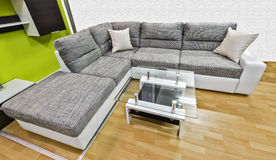 Sofá moderno Foto de Stock Royalty Free