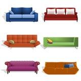 Sofás en diversos colores y diseños Fotos de archivo
