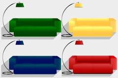 Sofás y lámparas de pie multicolores Imagen de archivo libre de regalías