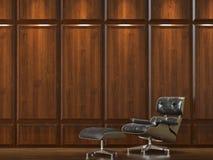 Sofa auf hölzerner Umhüllungwand Stockfoto