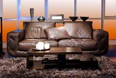 Sofa de Brown images stock