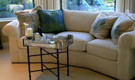 Sofa im Schlafzimmer Stockfotografie