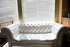 Sofa - intérieurs Photographie stock libre de droits