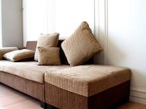 sofa przytulnie Zdjęcia Royalty Free