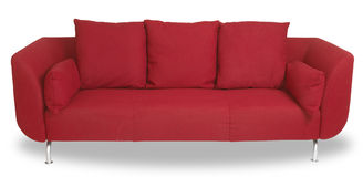 Sofa rouge confortable de divan d'isolement avec le chemin Images stock