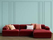 Sofa scandinave moderne de conception dans l'intérieur Murs avec des bâtis, herringbon de parquet de plancher illustration stock