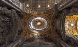 Soffitto del san Peter Basilica, Vaticano, Roma Immagini Stock Libere da Diritti