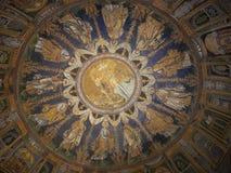 Soffitto della chiesa immagini stock libere da diritti