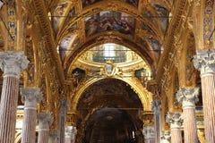 Soffitto dorato della cattedrale italiana Immagini Stock Libere da Diritti