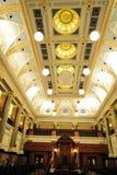 Soffitto ed illuminazione dell'alloggiamento Fotografia Stock