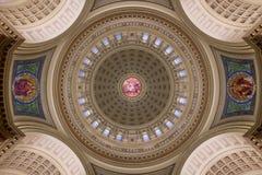 Soffitto interno della cupola del Campidoglio dello stato di Wisconsin Fotografia Stock Libera da Diritti