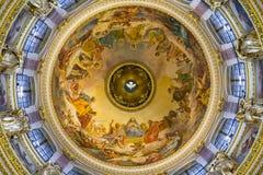 Soffitto nella cattedrale della st Isaac, St Petersburg Fotografie Stock Libere da Diritti