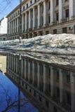 SOFIA, ΒΟΥΛΓΑΡΙΑ - 5 ΦΕΒΡΟΥΑΡΊΟΥ 2017: Χειμερινή άποψη της οικοδόμησης του υπουργείου Αμύνης στη Sofia Στοκ Εικόνα
