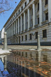 SOFIA, ΒΟΥΛΓΑΡΙΑ - 5 ΦΕΒΡΟΥΑΡΊΟΥ 2017: Χειμερινή άποψη της οικοδόμησης του υπουργείου Αμύνης στη Sofia Στοκ εικόνα με δικαίωμα ελεύθερης χρήσης